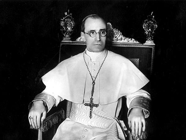 Muere el papa Pio XII